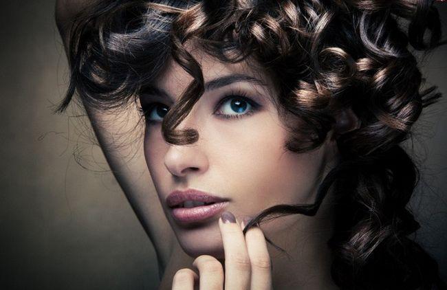 Як накрутити волосся без бігуді та плойки-4