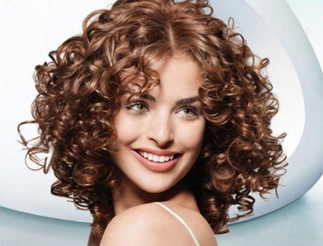 Як накрутити волосся без бігуді та плойки-6