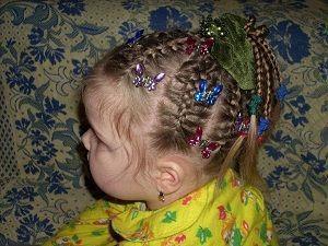 Зачіска косички в пальмочку