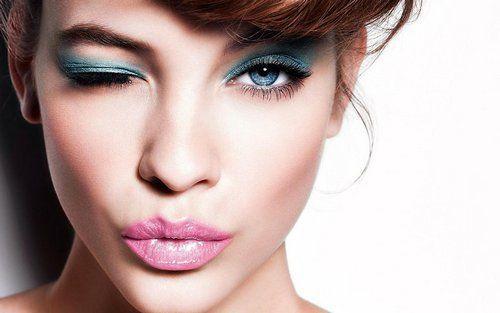 Косметика для макіяжу особи: секрети правильного використання та рейтинг популярних брендів