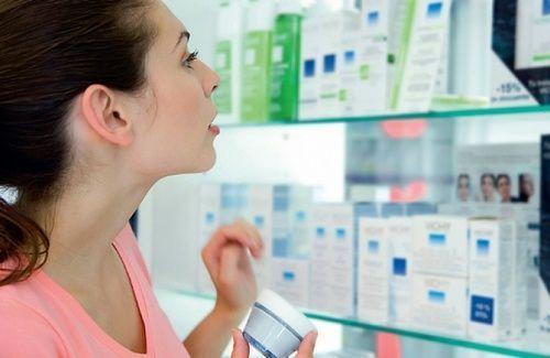 Вибір крему з пептидами в аптеці