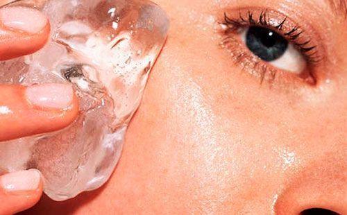 Протирання шкіри льодом