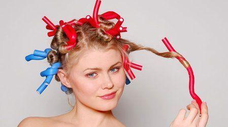 Накручування волосся на папільйотки