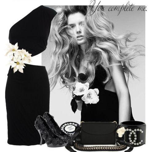 Маленьке чорне плаття - класика на всі часи