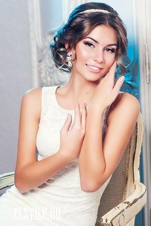 Грецькі весільні зачіски