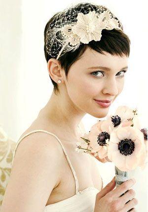 Зачіски для нареченої на коротке волосся з чубчиком