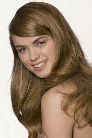 Зачіски з розпущеним волоссям