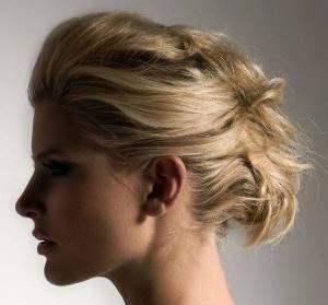 Прості зачіски на середні волосся