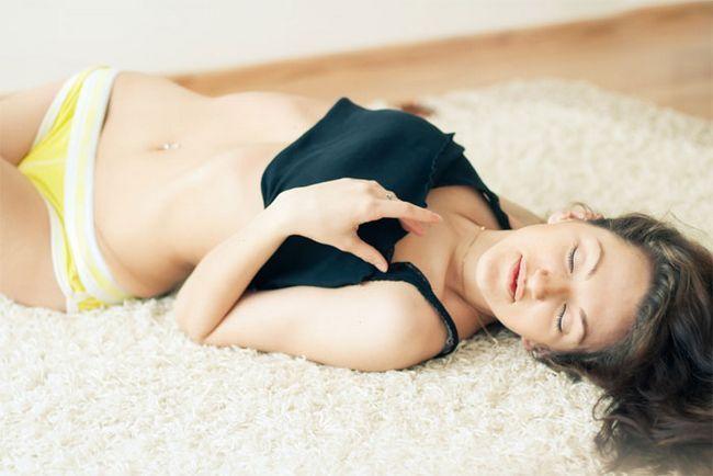 Способи жіночої мастурбації. Уроки жіночої мастурбації