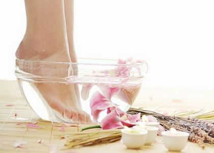 Чи варто робити нарощування нігтів на ногах?