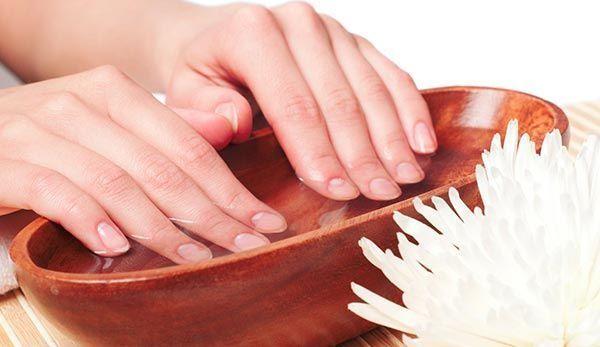 ванночки для зміцнення нігтів в домашніх умовах