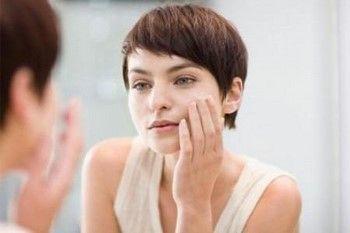 Засвербіла шкіра на обличчі: як усунути свербіж?