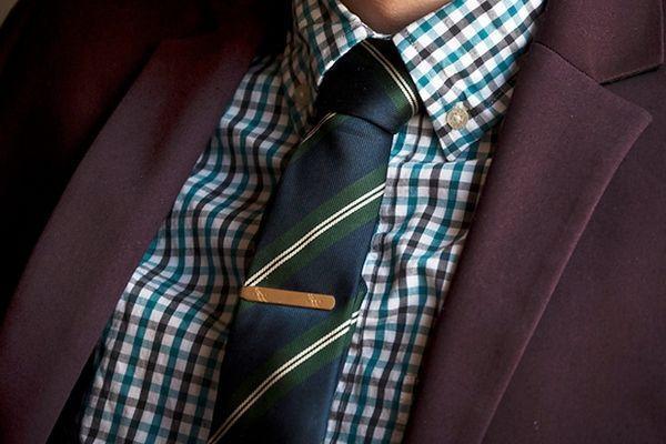 Стильний аксесуар - затиск для краватки. Фото з сайту furfur.me